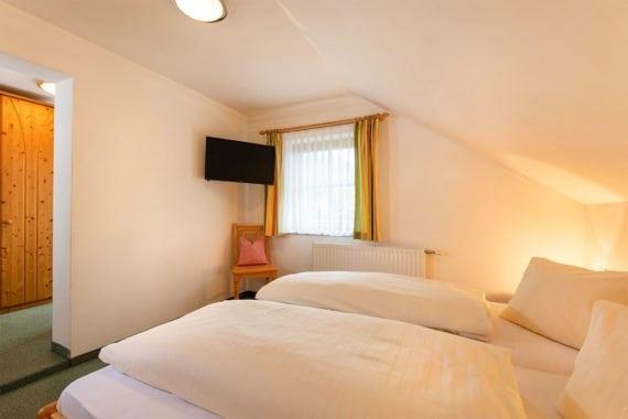 Lindenblüte - Zimmer in Radstadt, Ferienhof Nasnergut